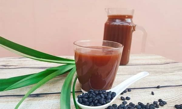 Nước đậu đen làm đẹp và trẻ hóa da từ bên trong hiệu quả nhất